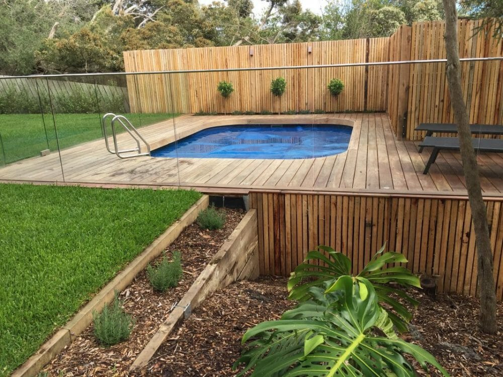 Chic Above-Ground Pool Fence Ideas