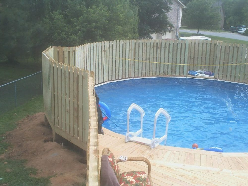 Pallet Pool Fence