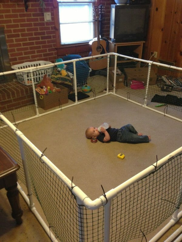 temporary fencing brackets for babies